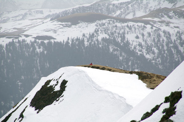Marie Françoise à la cote 1831 sur la crête du Pic de Mont Aspet