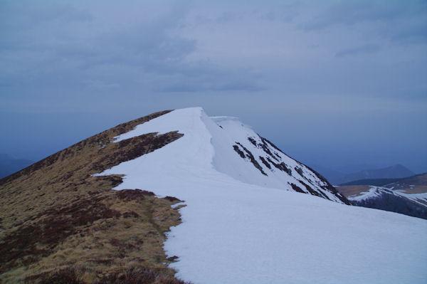 La crête Sud enneigée du Pic de Mont Aspet depuis la cote 1831