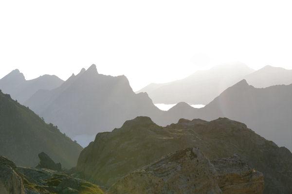 Pic du Midi d_Arrens, Pic de Sarret et Pic de l_Arcoèche au petit matin