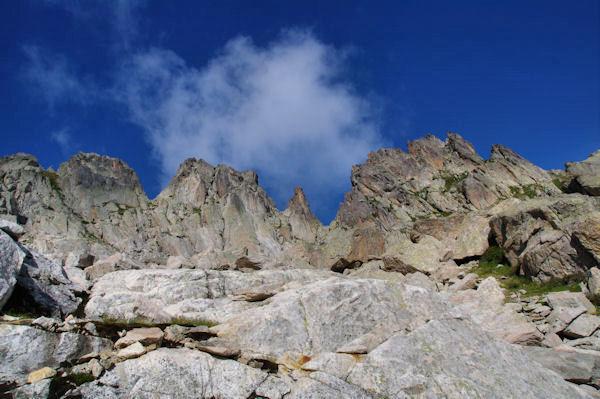 Jolie crête entre le Pic de Batboucou et le Col d_Artouste