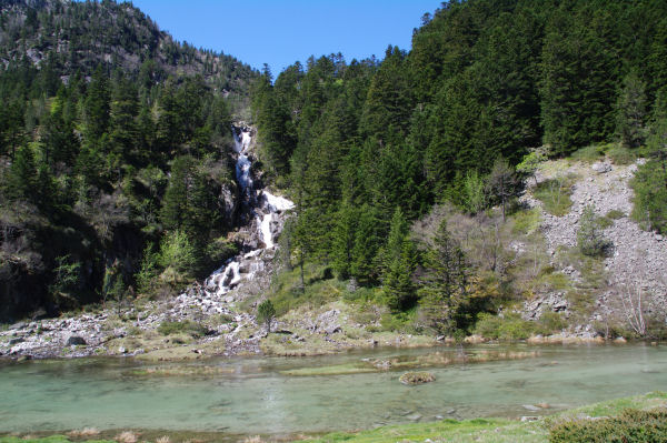 La cascade du Larribet vers Doublas