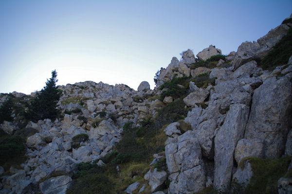 Passage pour descendre du Pic de Bazès, vu du bas
