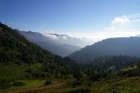 La vallee du Bergon depuis le col de Bazes