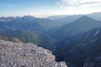 La vallée de Gavarnie, à droite, le Piméné