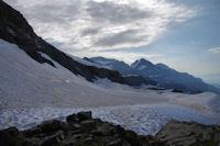 Au fond, le Mont Perdu et le Cylindre du Marbore