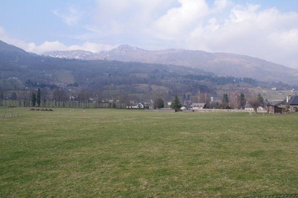 Arrens dominé par le Pic de Berbeillet