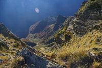 Les abruts du vallon d&#39Arrouyes depuis la crete menant au Pic du Cabaliros