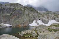 Un laquet au dessus du grand Lac de Cambales
