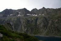 Le Turon de Neouvielle & le pic des 3 Conseilles & le pic de Neouvielle et le Ramougn au dessus du lac de Cap de Long