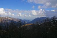 La vallee de Ferriere et plus loin, la plaine de Pau