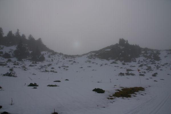 Sale temps en montant au Cap Nestès, mais le soleil n&#39est pas loin!