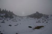 Sale temps en montant au Cap Nestes, mais le soleil n'est pas loin!