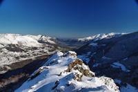 La vallee d'Argeles Gazost encadree par le Pic de Pibeste et le Pic de Hautacam