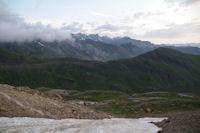 La vallee des Pouey Aspe dominee par le Pic de Tentes