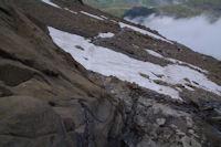 Le passage a chaine au debut de la cascade du glacier du Taillon