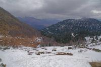 Le vallon du ruisseau de Taillade depuis le Col de Bazes