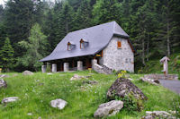 La maison du Parc National des Pyrenees a la porte d'Arrens