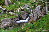 Petite cascade sur le Gave d'Arrens
