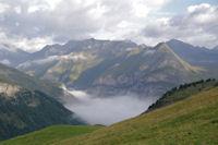 Gavarnie sous la mer de nuages