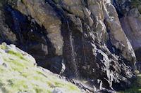 Petite cascade sur la crete Est du Cylindre d'Estaragne