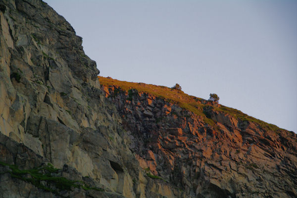 Lever de soliel sur le Petit Pic d_Estaragne