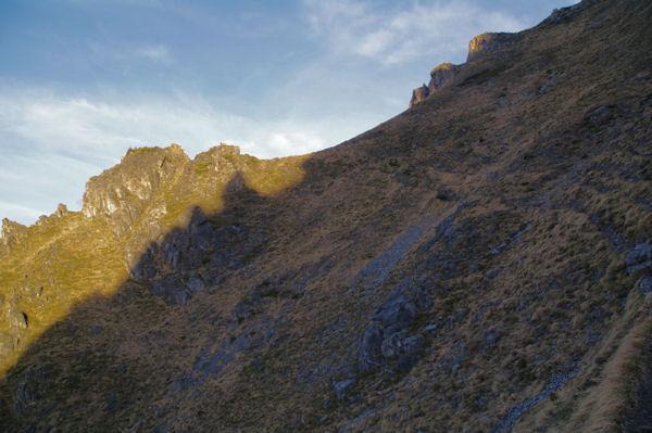 Un petit vallon raide sous le Pic d_Arrouy
