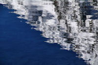 Reflets dans le Lac de Gaube