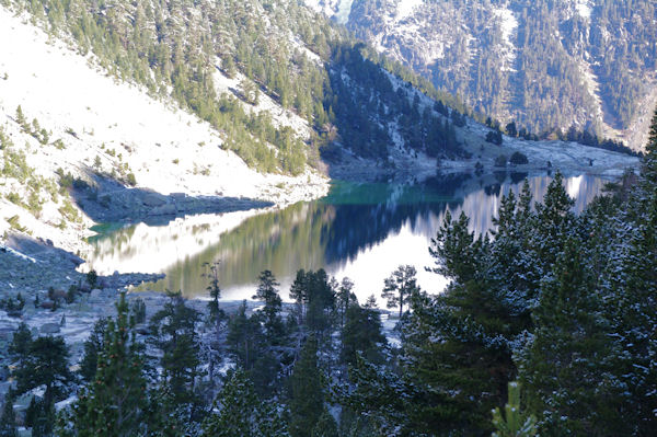 Le Lac de Gaube commence à s_éclairer