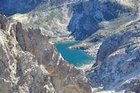 Le Lac d_Ilhéou depuis le Grand Barbat