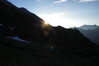 Le soleil pointe sur Trabé Nère