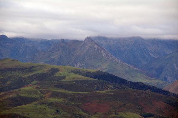 Le Pic du Midi d_Arrens, le Pic de Mousquès et le Pic Saret depuis le Hautacam