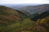 Le Vallon de Bigaloume, plus loin la Vallee du Leez et la plaine de Tarbes