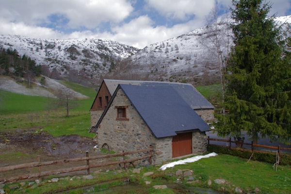 Deux granges au Pla de Nabias