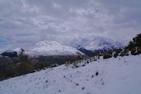 La station de Peyresourde et le massif du Pic de Hourgade