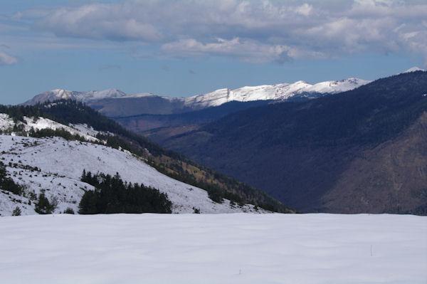 Depuis Peyres Aubes, Le Sommet du Templa et la montagne d_Arreng
