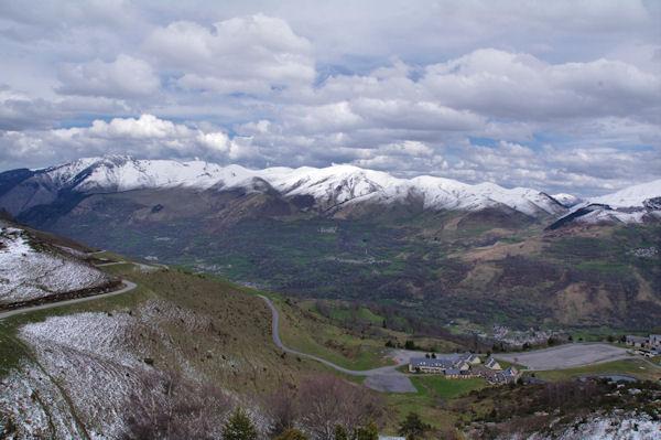 La vallée de la Neste et Loudenvielle depuis le Tuc de Couret