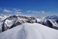 Le cairn sommital du Pic de Lary