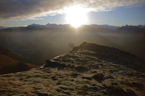 Lever de soleil depuis la crête Sud du Soum d_Andorre