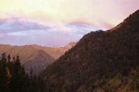 Les cretes de l'Escalet au lever du jour