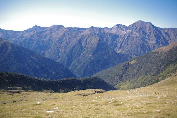 Panorama du Pic de_Arriouère au Pic d_Aret