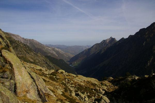 Le Val d&#39Azun depuis au dessus des lac Des Touest