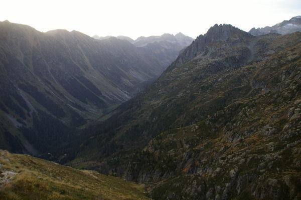 La vallée du gave d&#39Arrens, le lac de Suyen et la montée à la Peyre St Martin