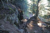 Un petit passage escarpe en montant au Lac de Borderes ou de Bareilles