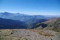 La Vallee de Bareilles, au fond, l'Arbizon, le Pic du Midi de Bigorre et le Signal de Bassia