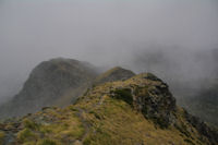 Les crêtes menant au Pic de Montaigu, dans la tempête de neige...