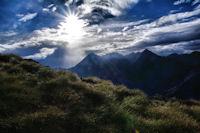 Le Pic du Midi de Bigorre dans le soleil matinal
