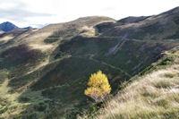 Les sentiers sous les Pic de Barran et du Mont menant au Col de Barran
