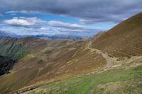 Le chemin revenant sur le Col de Moulata