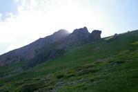 Le Pic du Midi d'Arrens joue a cache cache avec le soleil!
