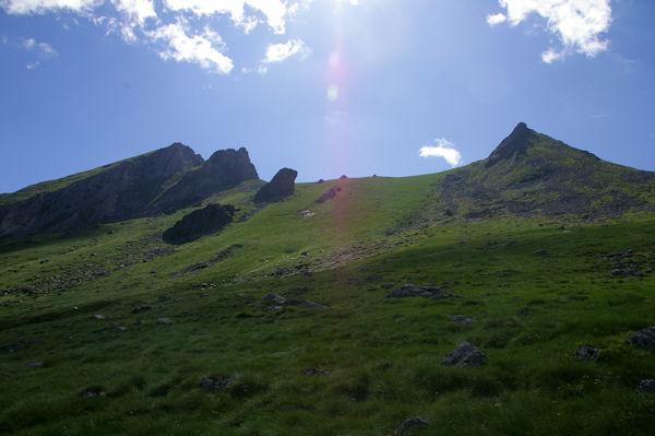 De gauche à droite, Le Pic du Midi d_Arrens, le Pic Arrouy, le Monné et le Pic de Mousquès